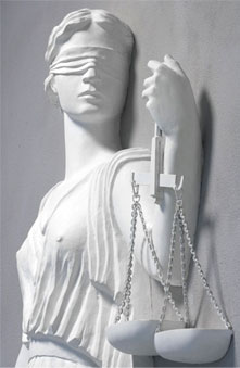 Criminal Immigration Lawyer los Angeles-justice statue image